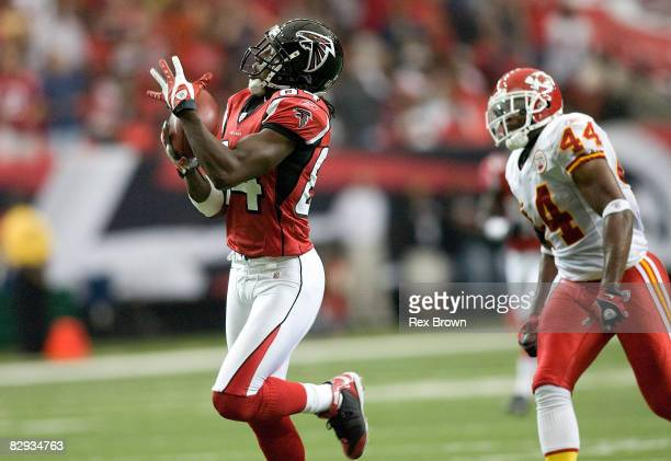 Roddy White of the Atlanta Falcons pulls in this touchdown pass in front of Jarrad Page of the Kansas City Chiefs at Georgia Dome on September 21...