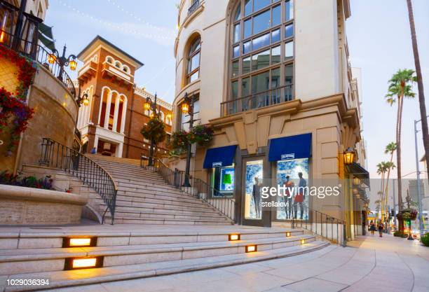 rodeo drive, beverly hills, ca - beverly hills stock pictures, royalty-free photos & images