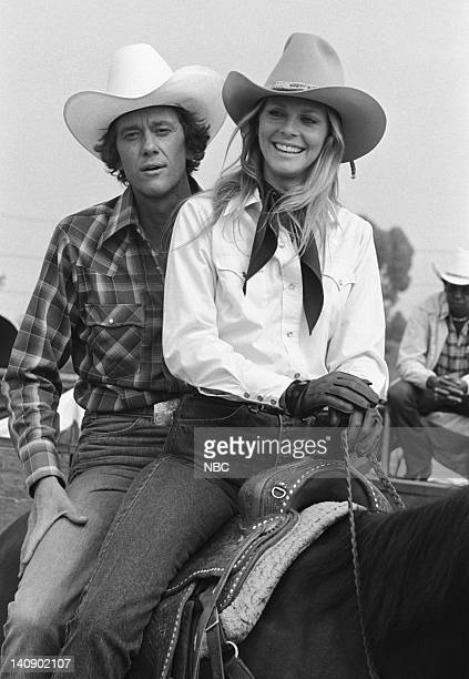WOMAN 'Rodeo' Episode 5 Aired 10/15/77 Pictured Andrew Prine as Dr Billy Cole Lindsay Wagner as Jamie Sommers Photo by NBCU Photo Bank