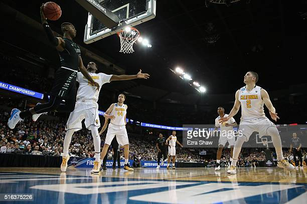 Roderick Bobbitt of the Hawaii Warriors passes the ball against the California Golden Bears in the second half during the first round of the 2016...