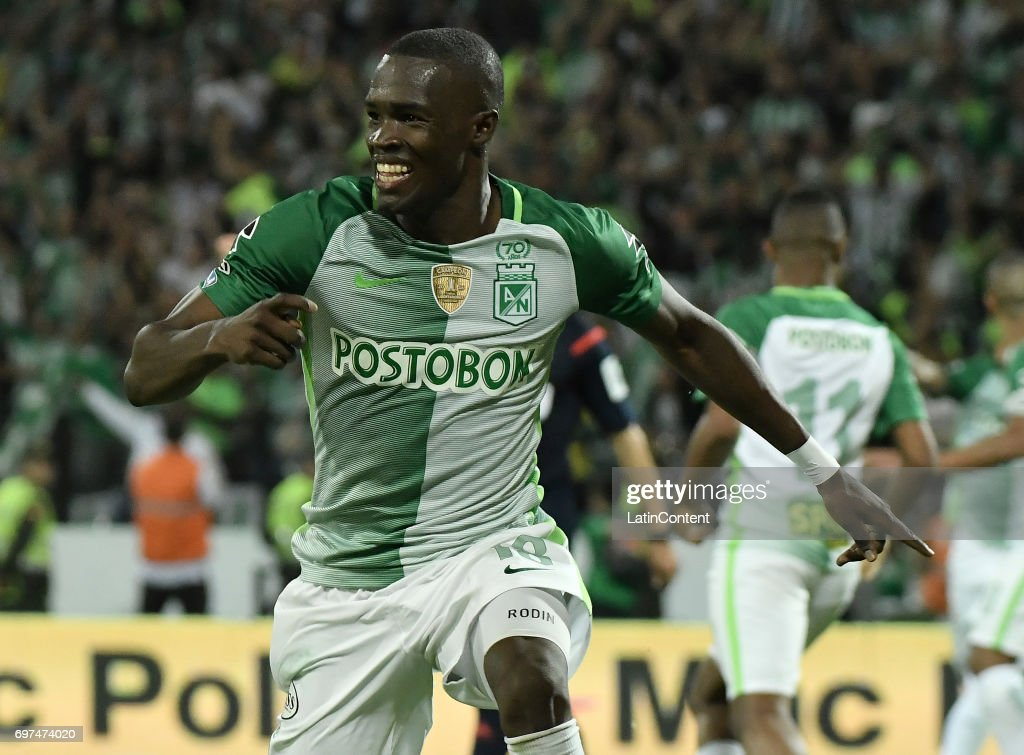 Rodin Quiñones of Atletico Nacional celebrates after scoring the fifth goal of his team during the Final second leg match between Atletico Nacional and Deportivo Cali as part of Liga Aguila I 2017 at Atanasio Girardot Stadium on June 18, 2017 in Medellin, Colombia.
