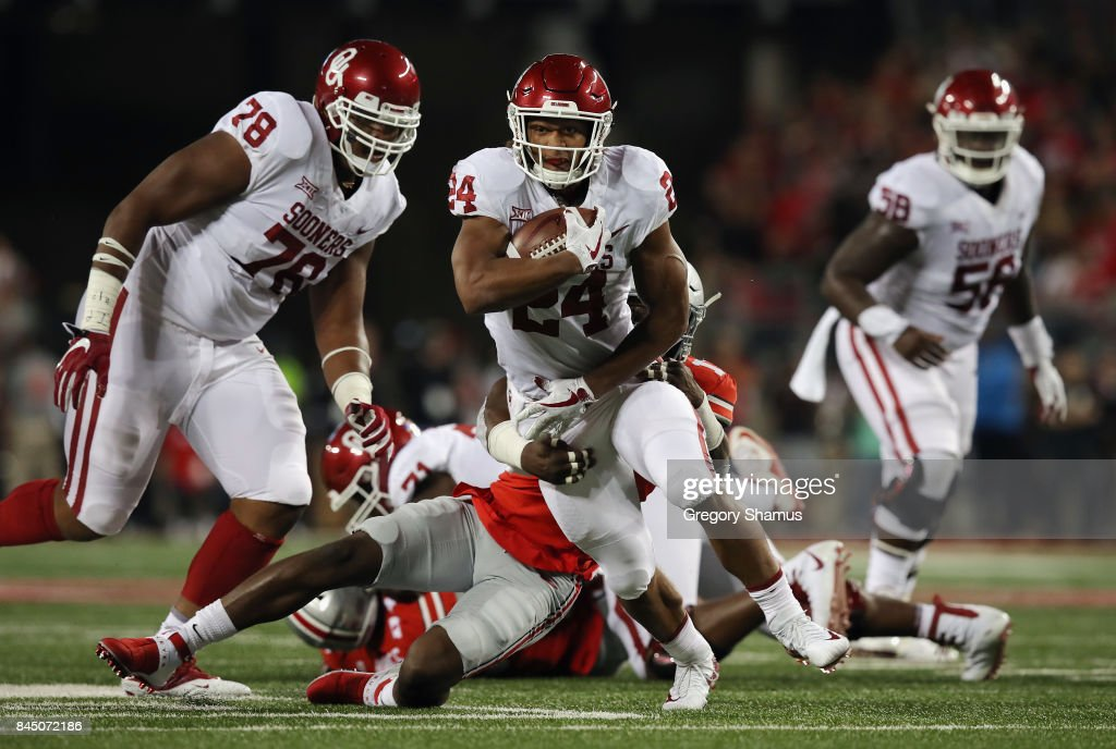 Rodney Anderson #24 of the Oklahoma Sooners runs with the ball during the first half against the Ohio State Buckeyes at Ohio Stadium on September 9, 2017 in Columbus, Ohio.