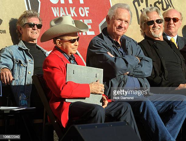 Rodney Crowell Little Jimmy Dickens Mel Tillis and Kris Kristofferson at the 2010 Nashville Music City Walk of Fame Induction Ceremony at Walk of...