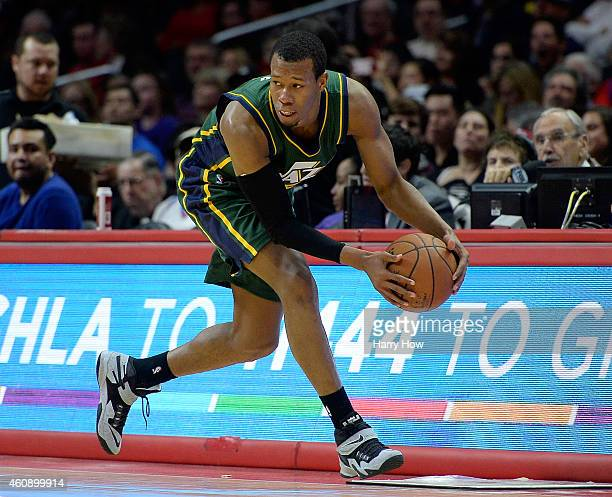 Rodney Hood of the Utah Jazz loses the ball out of bounds during the first half against the Los Angeles Clippers at Staples Center on December 29...