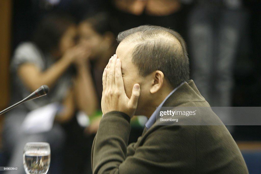 Rodolfo Lozada testifies at a Philippine senate hearing inve : News Photo