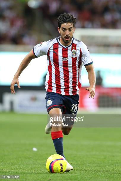 Rodolfo Pizarro of Chivas drives the ball during the 10th round match between Chivas and America as part of the Torneo Clausura 2018 Liga MX at Akron...