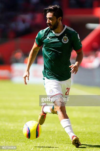 Rodolfo Pizarro of Chivas drives the ball during the first round match between Toluca and Chivas as part of the Torneo Clausura 2018 Liga MX at...