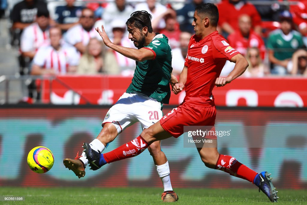 Toluca v Chivas - Torneo Clausura 2018 Liga MX : News Photo