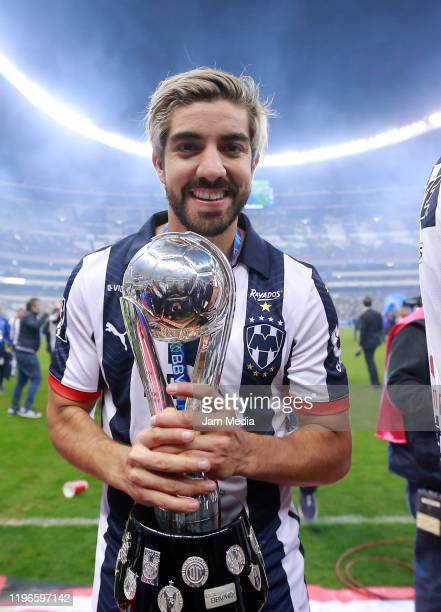 Rodolfo Pizarro of Monterrey celebrates with the trophy after the Final second leg match between America and Monterrey as part of the Torneo Apertura...