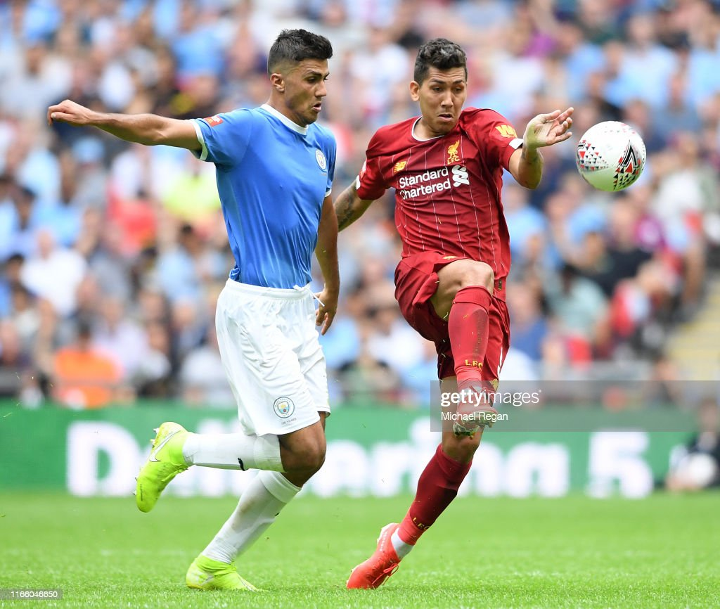 Liverpool v Man City - FA Community Shield : News Photo