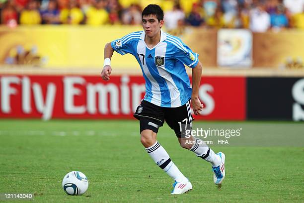 Rodrigo Battaglia of Argentina controles the ball during the FIFA U20 World Cup 2011 quarter final match between Portugal and Argentina at Estadia...