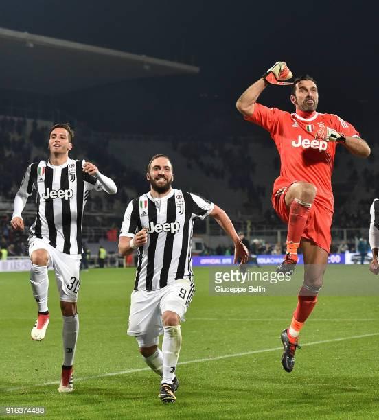 Rodrigo Bentancur Gonzalo Higuain and Gianluigi Buffon of Juventus celebrate the victory after the serie A match between ACF Fiorentina and Juventus...