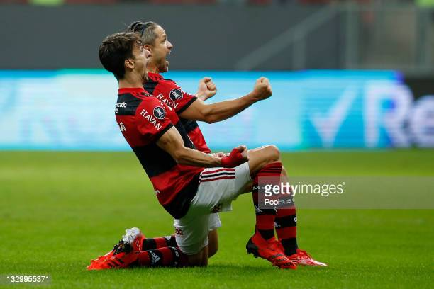 Rodrigo Caio of Flamengo celebrates after scoring the first goal of his team during a round of sixteen second leg match between Flamengo and Defensa...