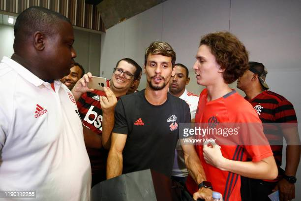 Rodrigo Caio of Flamengo team arrives in Rio after playing the FIFA Club World Cup Qatar 2019 Final Against Liverpool on December 22 2019 in Rio de...
