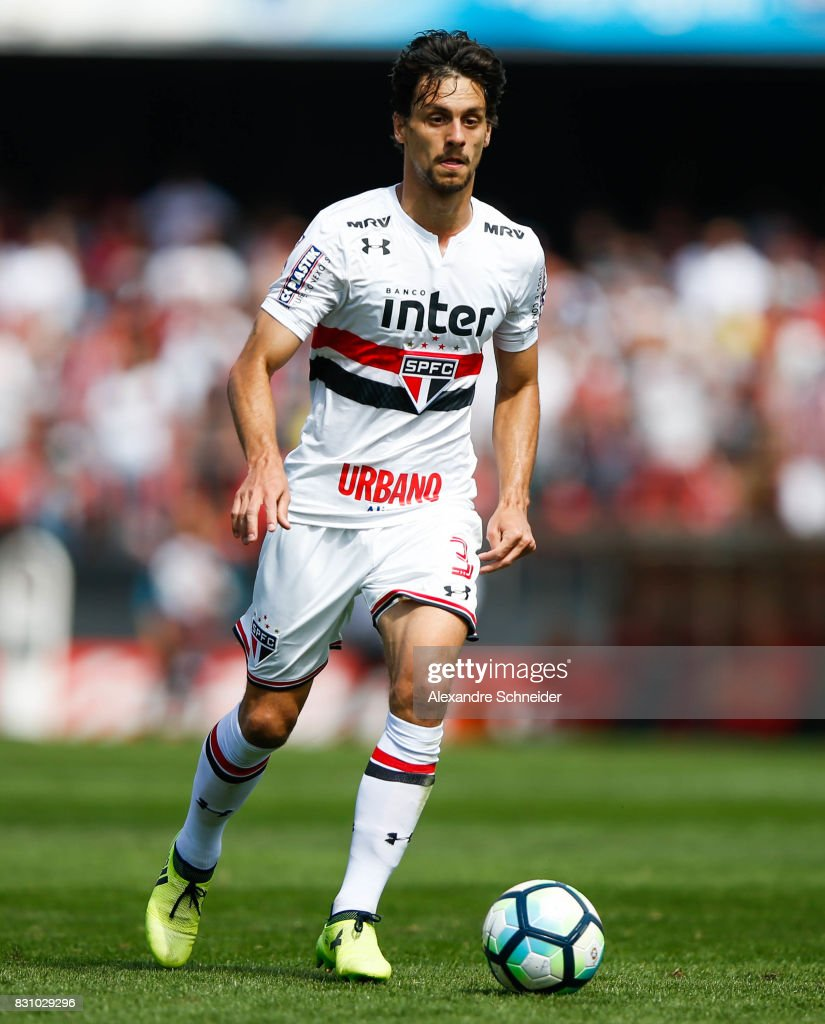 Rodrigo Caio of Sao Paulo in action during the match between Sao Paulo and Cruzeiro for the Brasileirao Series A 2017 at Morumbi Stadium on August 13, 2017 in Sao Paulo, Brazil.
