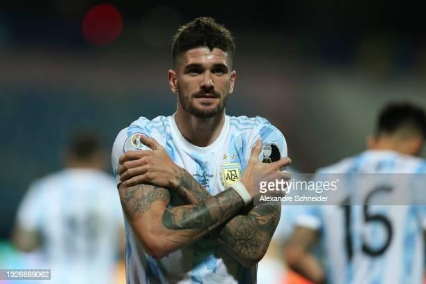 Rodrigo De Paul of Argentina celebrates after scoring the first goal of his team during a quarter-final match of Copa America Brazil 2021 between...