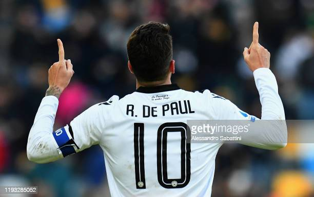 Rodrigo De Paul of Udinese Calcio celebrates after scoring his team third goal during the Serie A match between Udinese Calcio and US Sassuolo at...