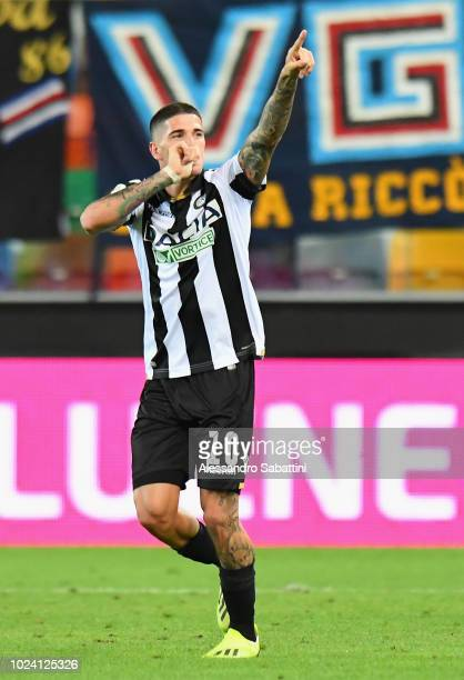 Rodrigo De Paul of Udinese Calcio celebrates after scoring the opening goal during the serie A match between Udinese and UC Sampdoria at Stadio...