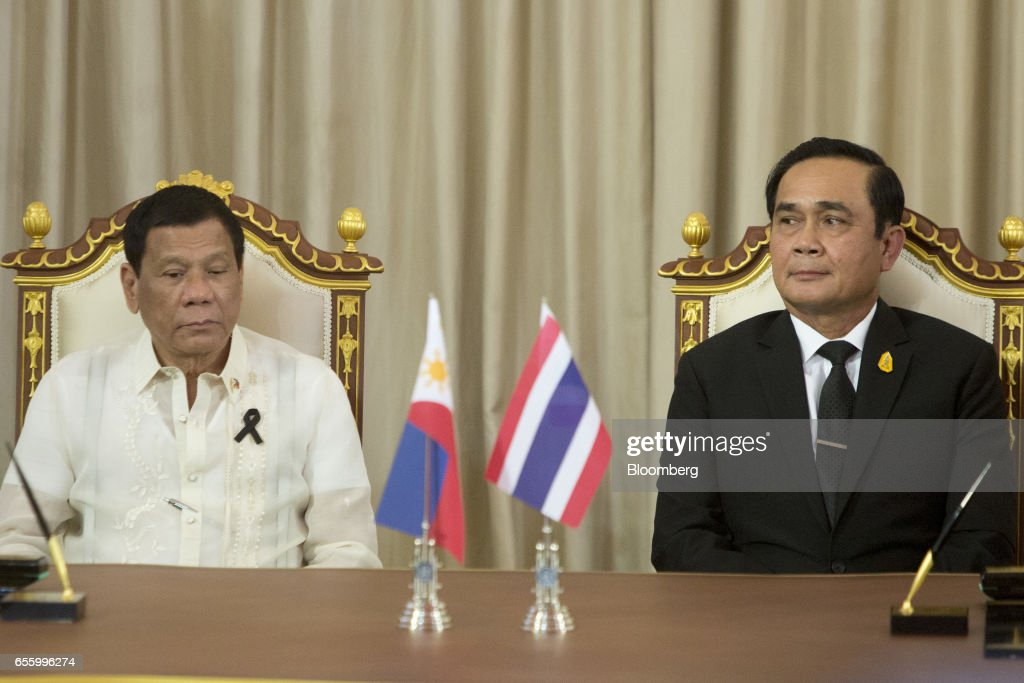 Rodrigo Duterte, the Philippines' president, left, and Prayuth Chan-Ocha, Thailand's prime minister, attend a news conference at Government House in Bangkok, Thailand, on Tuesday, March 21, 2017. Duterte returns to the Philippines on March 22. Photographer: Brent Lewin/Bloomberg via Getty Images