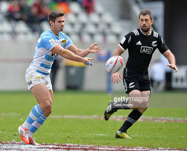 Rodrigo Etchart of Argentina during the cup quarter final match between New Zealand and Argentina on day 3 of the HSBC World Rugby Sevens France at...