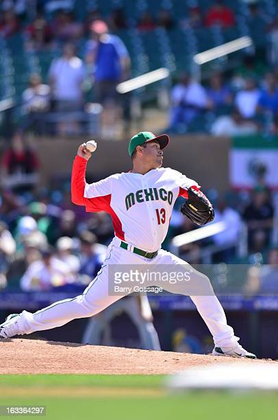 Rodrigo Lopez of Team Mexico pitches during Pool D Game 1 between Italy and Mexico in the first round of the 2013 World Baseball Classic Salt River...