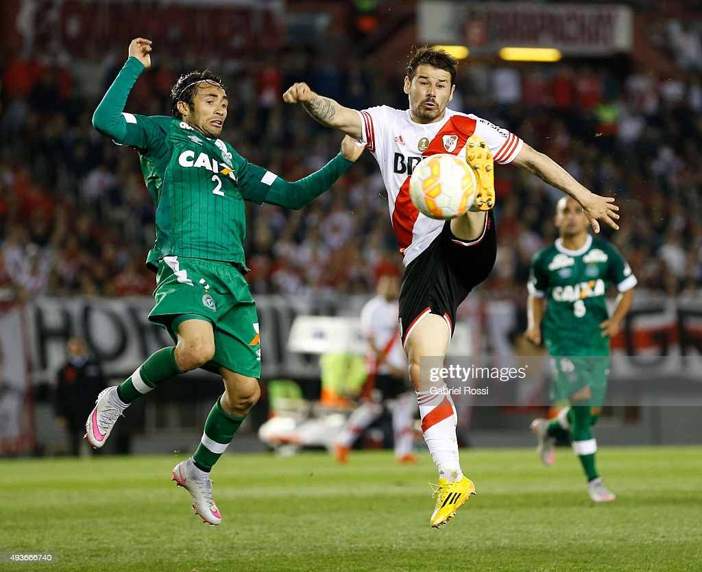 Rodrigo Mora of River Plate fights for the ball with Apodi of Chapecoense during a match between River Plate and Chapecoense as part of Quarter Finals of Copa Sudamericana 2015 at Monumental Antonio Vespucio Liberti Stadium on October 21, 2015 in Buenos Aires, Argentina.