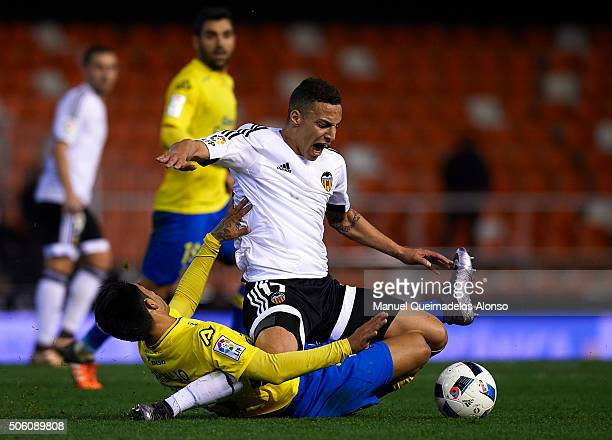 Rodrigo Moreno of Valencia is tackled by Araujo of Las Palmas during the Copa del Rey quarterfinal first leg match between Valencia CF and UD Las...