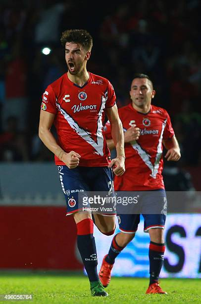 Rodrigo Noya of Veracruz celebrates after scoring the first goal of his team during the 16th round match between Veracruz and Tigres UANL as part of...