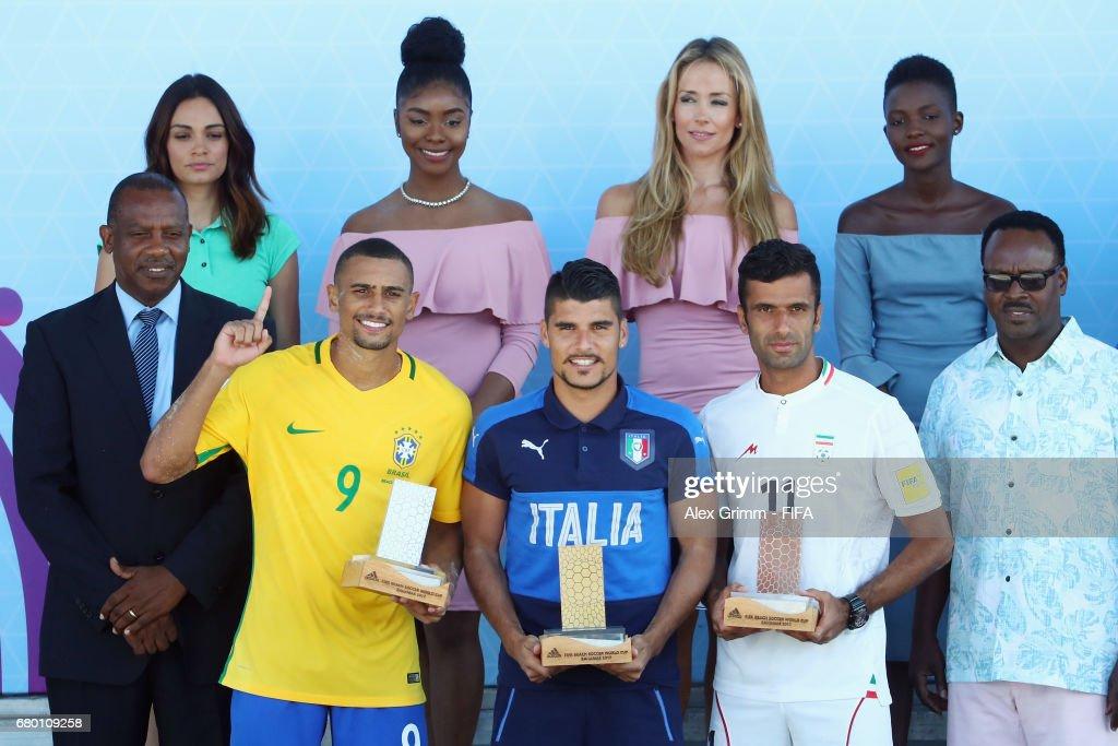 Tahiti v Brazil - FIFA Beach Soccer World Cup Bahamas 2017 : ニュース写真
