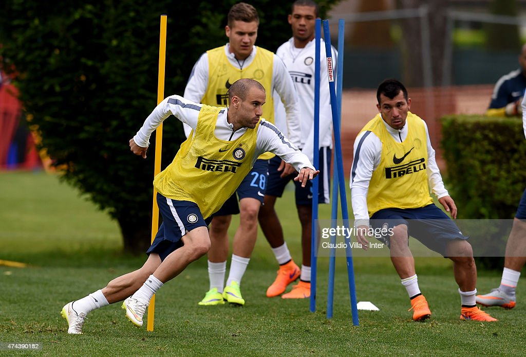 Rodrigo Palacio (L) in action during FC Internazionale training session at the club's training ground at Appiano Gentile on May 22, 2015 in Como, Italy.