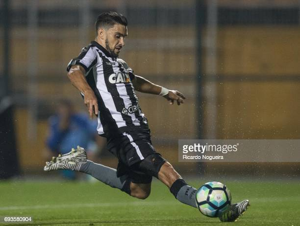 Rodrigo Pimpao of Botafogo on the ball during the match between Santos and Botafogo as a part of Campeonato Brasileiro 2017 at Pacaembu Stadium on...