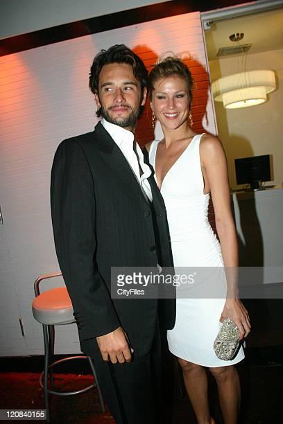 Rodrigo Santoro and girlfriend model Ellen Jabour during 300 Rio De Janeiro Premiere at Rio De Janeiro in Rio De Janeiro Brazil