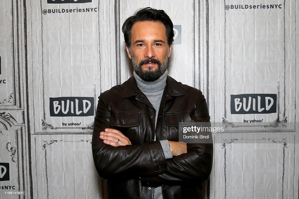 Celebrities Visit Build - December 10, 2019 : News Photo