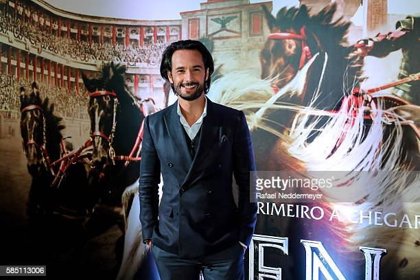 Rodrigo Santoro attends the premiere of 'BenHur' on August 1 2016 at Cinepolis JK in Sao Paulo Brazil