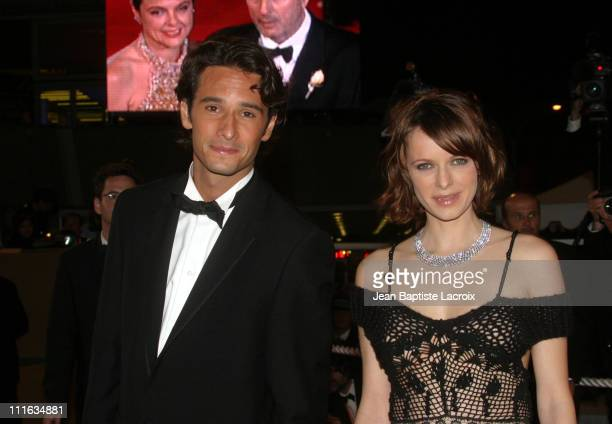 Rodrigo Santoro Maria luisa Mendonca during 2003 Cannes Film Festival 'Carandiru' Premiere at Palais des Festivals in Cannes France