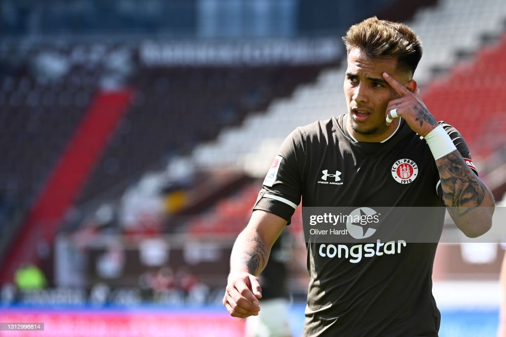 FC St. Pauli v FC Würzburger Kickers - Second Bundesliga : News Photo