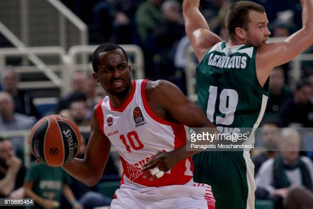 Rodrigue Beaubois #10 of Baskonia Vitoria Gasteiz in action during the 2017/2018 Turkish Airlines EuroLeague Regular Season Round 22 game between...