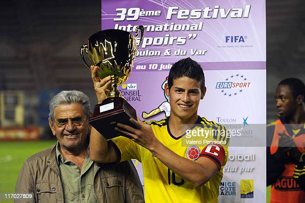 Rodriguez Rubio of Colombia received the JeanMichel Martinetti award after the Toulon U21 tournament final match between France and Colombia at Felix...