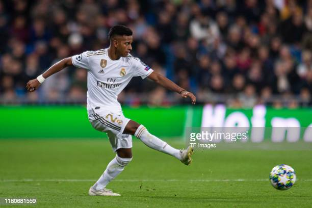 Rodrygo of Real Madrid controls the ball during the UEFA Champions League group A match between Real Madrid and Galatasaray at Bernabeu on November 6...