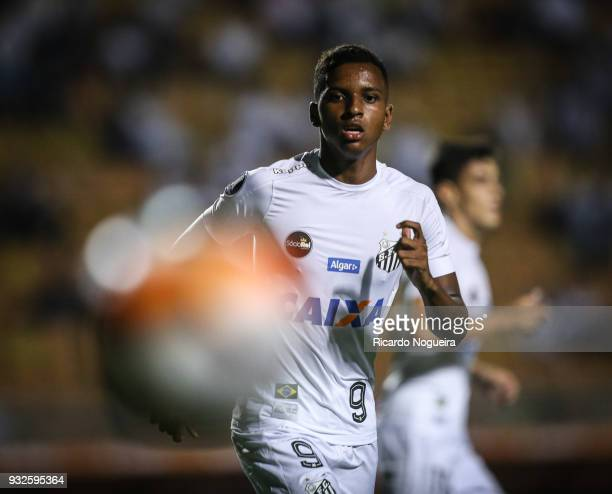 Rodrygo of Santos on the ball during the match between Santos and Nacional as a part of Copa Libertadores 2018 at Pacaembu Stadium on March15 2018 in...