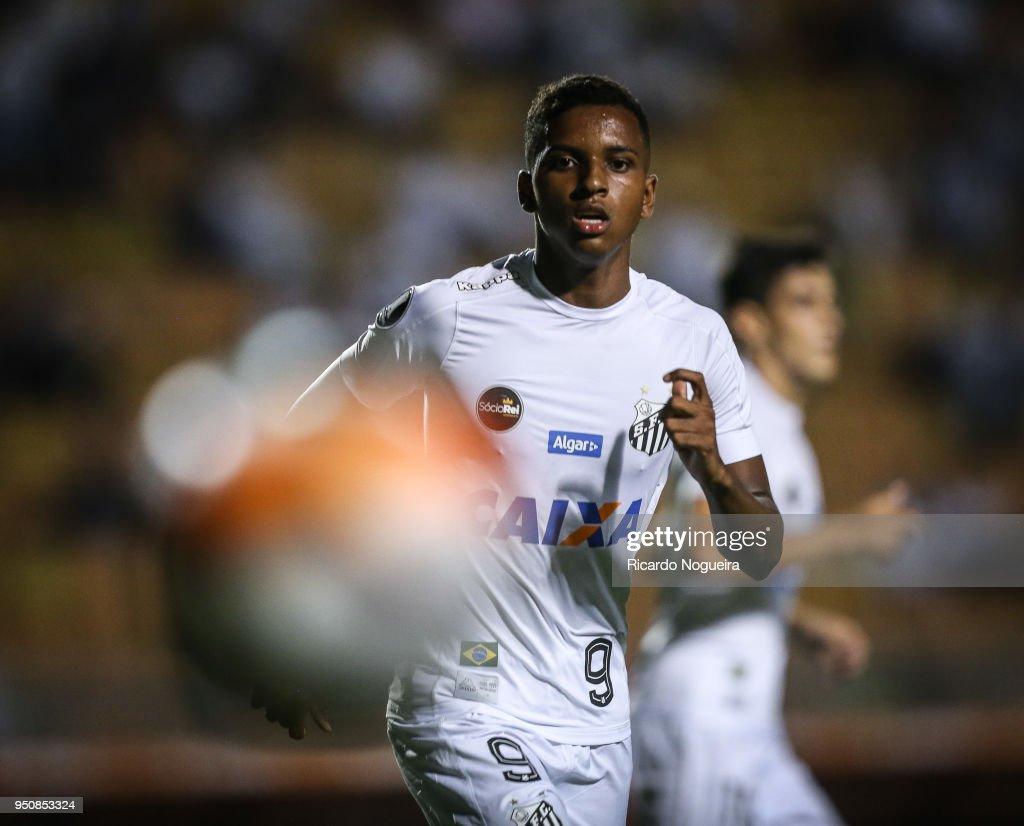 Santos v Estudiantes - Copa CONMEBOL Libertadores 2018
