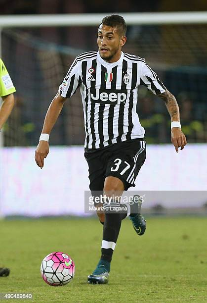 Roebrto Pereyra of Juventus during the Serie A match between SSC Napoli and Juventus FC at Stadio San Paolo on September 26 2015 in Naples Italy