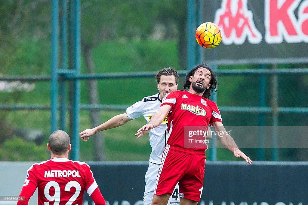 Borussia Moenchengladbach v Sivasspor - Friendly Match : ニュース写真