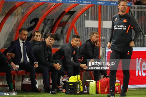 Roel Engelen of PSV U23, Suzanne Huurman of PSV U23, Toine Leijnse of PSV U23, Wilfred Bouma of PSV U23, Edwin de Wijs of PSV U23, Peter Uneken of...
