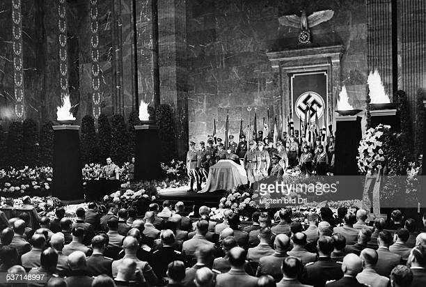 Roever Carl Politician NSDAP Germany lying in state at the Mosaiksaal at the Reichskanzlei in Berlin view of the auditorium during the memorial...