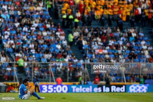Rogelio Chavez of Cruz Azul reacts during their semifinals match as part of the 2009 Opening tournament in the Mexican Football League at the Azul...