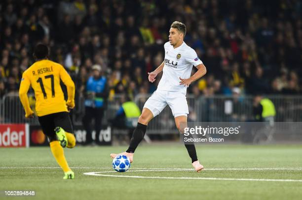 Roger Assale of Bern and Gabriel Armando de Abreu of Valencia during the UEFA Champions League match between Young Boys Berne and Valence CF on...