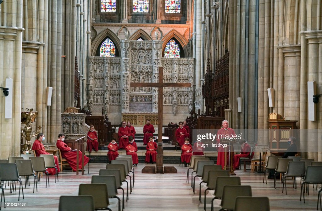 Good Friday Services Are Held At Truro Cathedral : News Photo