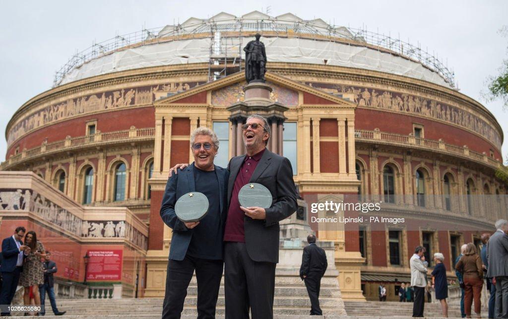 Resultado de imagem para Roger Daltrey e Eric Clapton em frente ao histórico Royal Albert Hall, em Londres