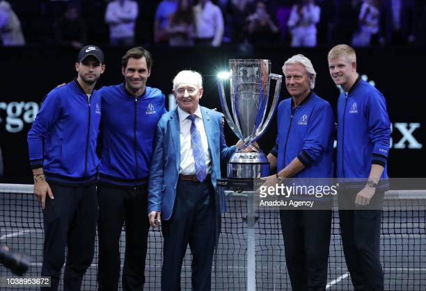 Roger Federer Grigor Dimitrov Kyle Edmund of Team Europe team captain Bjorn Borg and former tennis player Rod Laver pose with the trophy after...